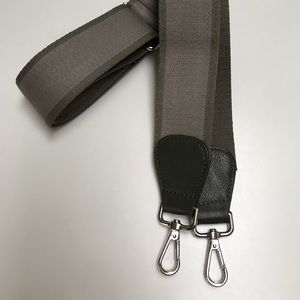 Crossbody Adjustable Guitar Strap Olive w/Silver